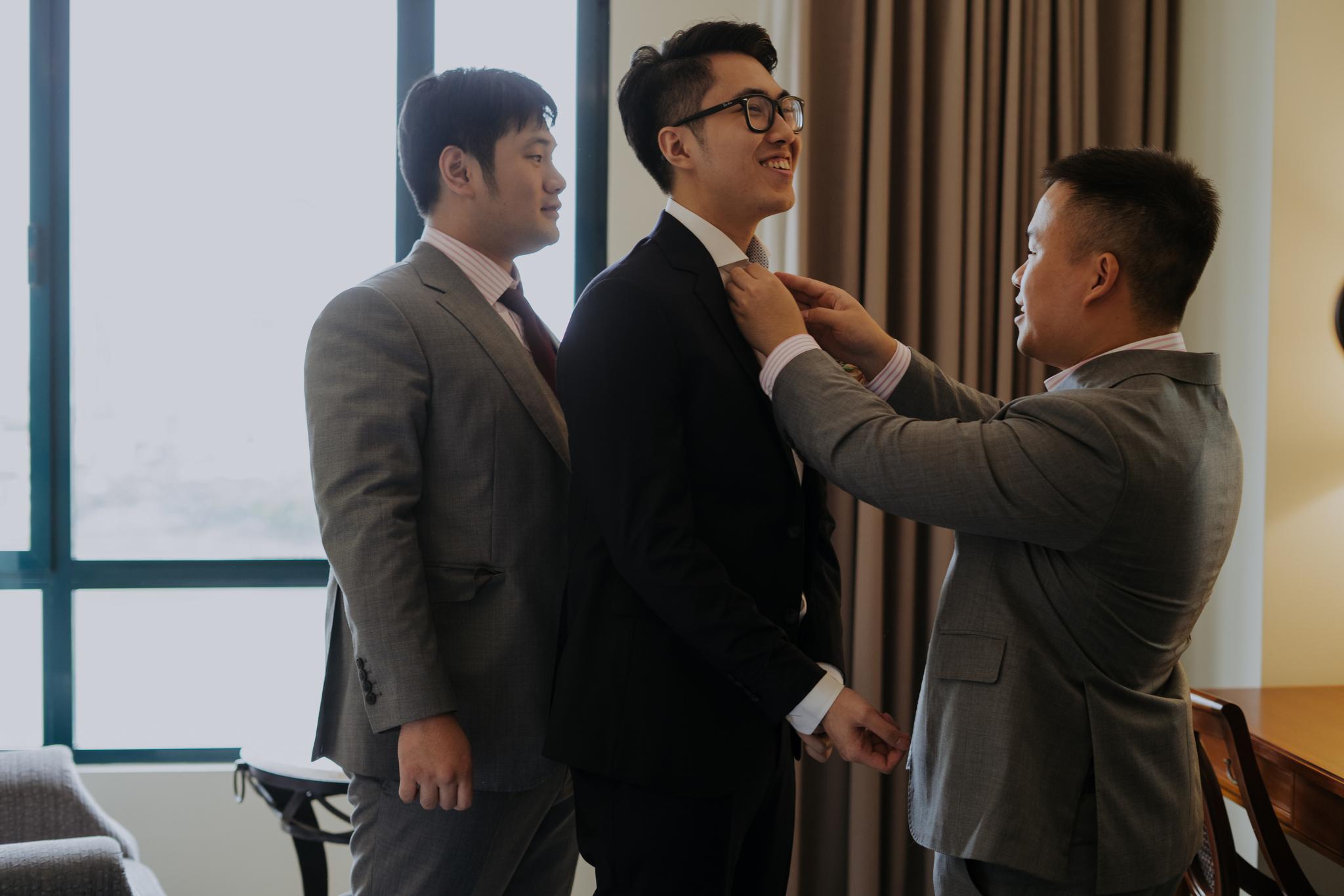 https://huk.s3.amazonaws.com/uploads/image/source/1381/Phuong-Diep-HN-Ceremony-1-0139.JPG