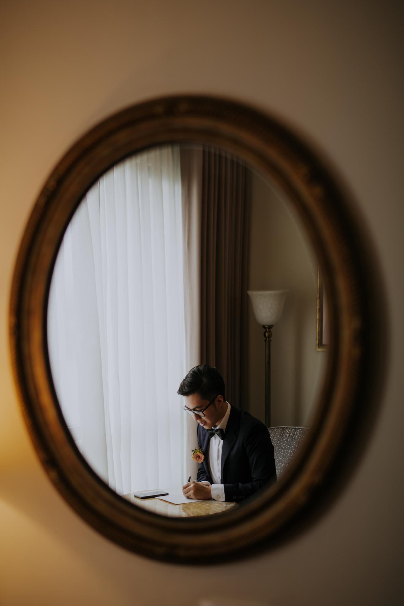 https://huk.s3.amazonaws.com/uploads/image/source/1382/Phuong-Diep-HN-Ceremony-1-0147.JPG