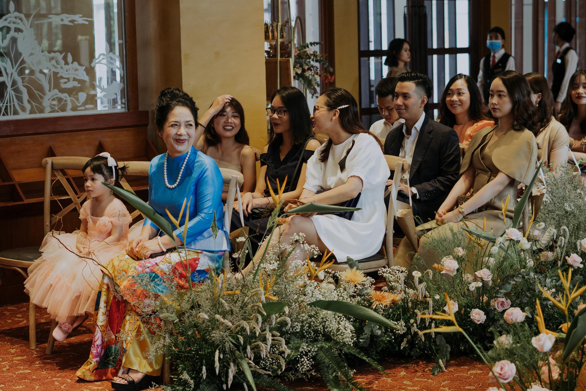 https://huk.s3.amazonaws.com/uploads/image/source/1397/Phuong-Diep-HN-Ceremony-1-0403.JPG