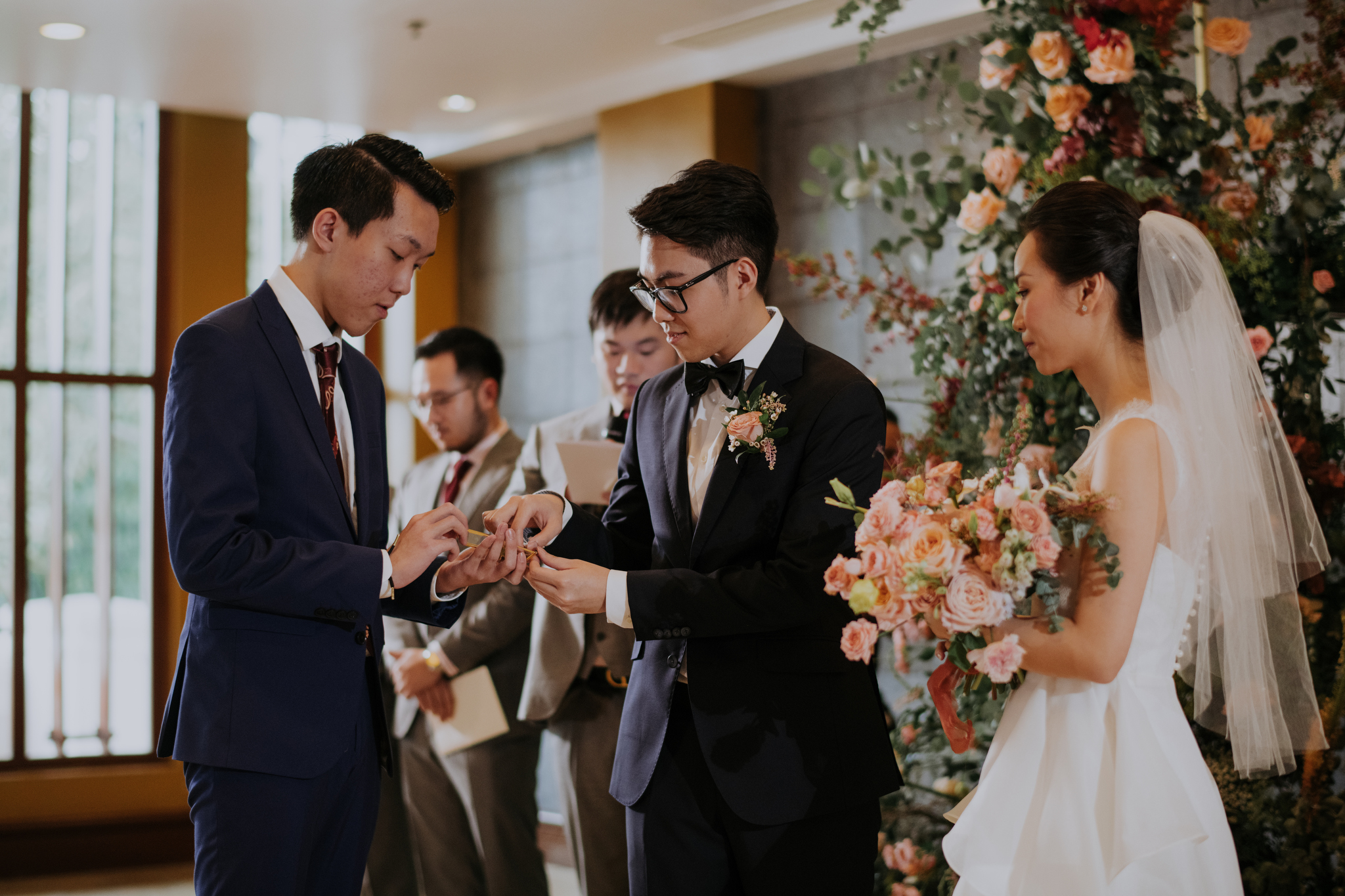 https://huk.s3.amazonaws.com/uploads/image/source/1404/Phuong-Diep-HN-Ceremony-1-0449.JPG