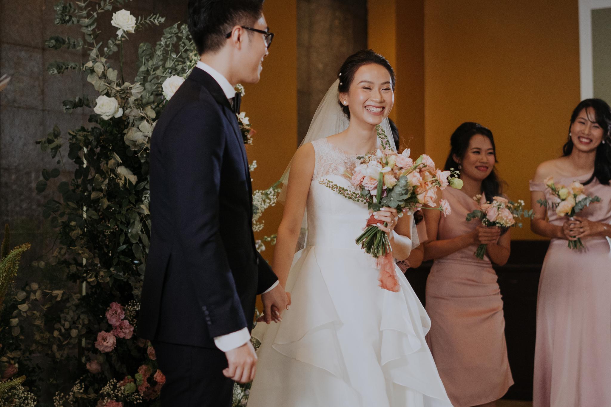https://huk.s3.amazonaws.com/uploads/image/source/1411/Phuong-Diep-HN-Ceremony-1-0497.JPG