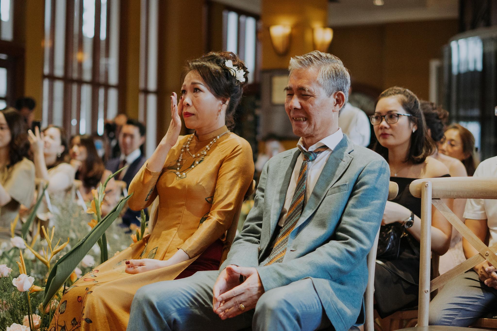 https://huk.s3.amazonaws.com/uploads/image/source/1414/Phuong-Diep-HN-Ceremony-1-0522.JPG