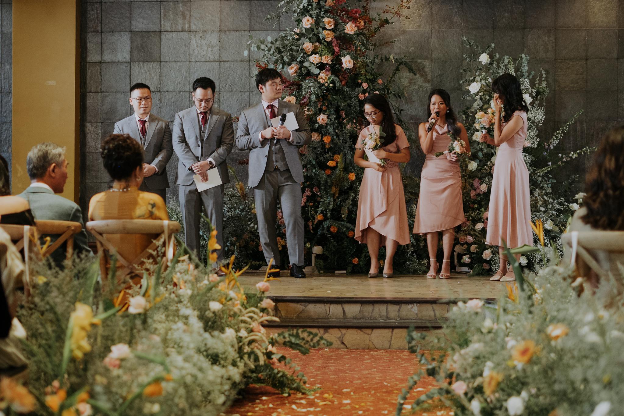 https://huk.s3.amazonaws.com/uploads/image/source/1424/Phuong-Diep-HN-Ceremony-1-0646.JPG