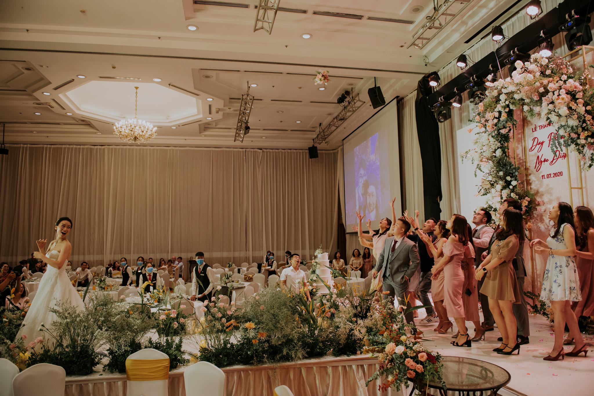 https://huk.s3.amazonaws.com/uploads/image/source/1456/Phuong-Diep-HN-Ceremony-2-0361.JPG